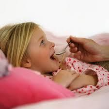 Mật ong trị ho cho bé